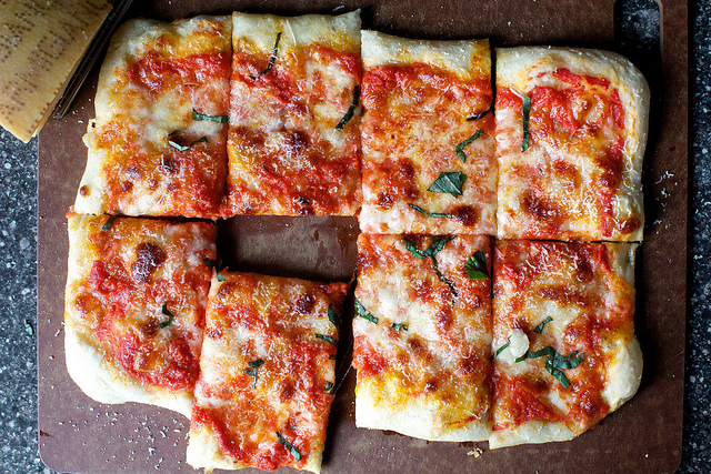 how to make pan pizza at home without yeast