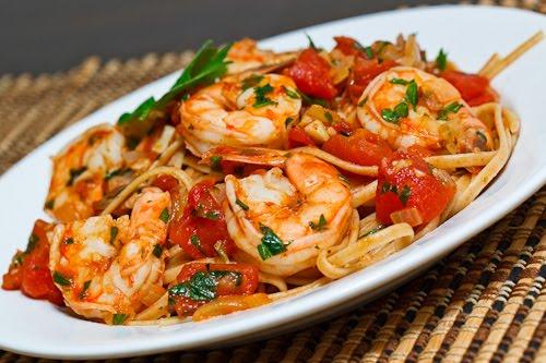 Shrimp Linguine in a Tomato and White Wine Sauce 1 500