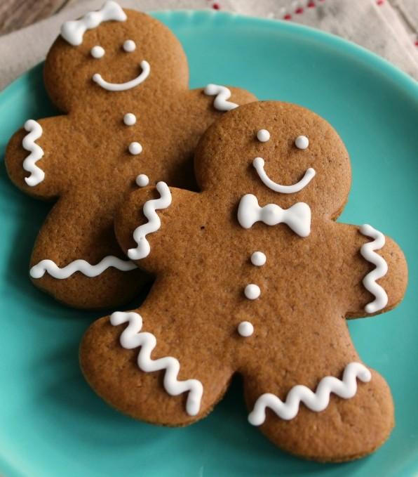 Gingerbread-Cookies_Sweetsugarbelle-3-600x815