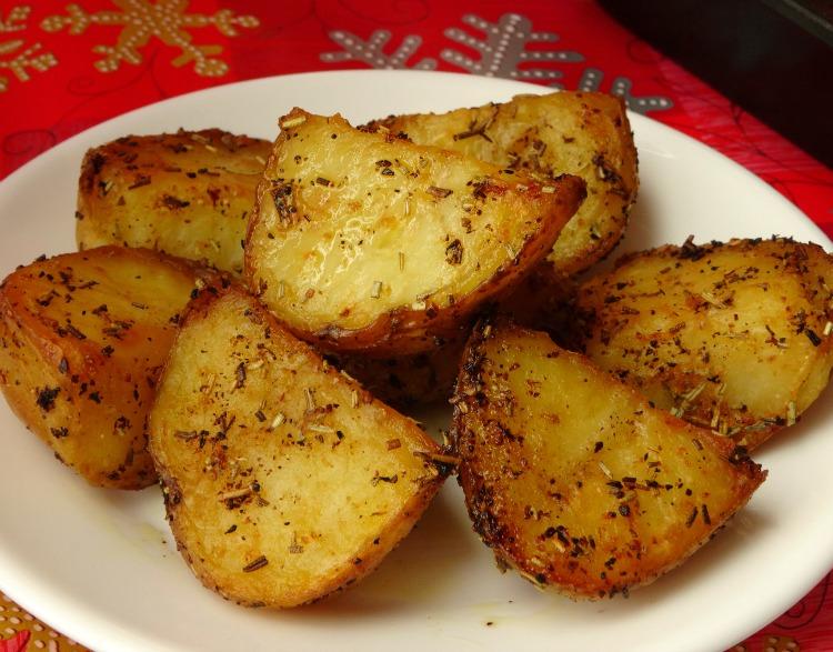 garlic-rosemary-roasted-potatoes-recipe1