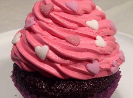 Cupcakes di San Valentino (fragole e cioccolato)