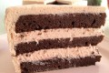 Torta al cioccolato con crema alla fragola