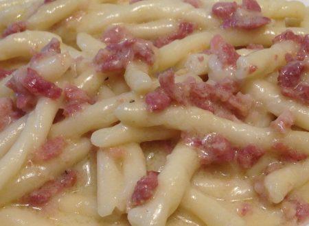Trofie alla crema di stracchino e salsiccia