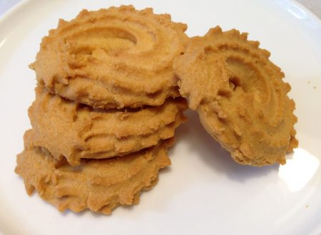 Biscotti di meliga con nocciole