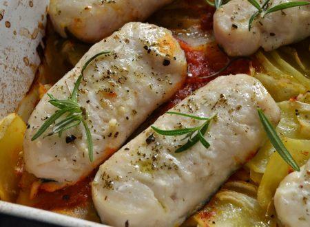 Cuori di merluzzo al forno con patate e pomodorini