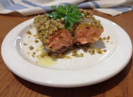 Filetto di salmone  al  pistacchio