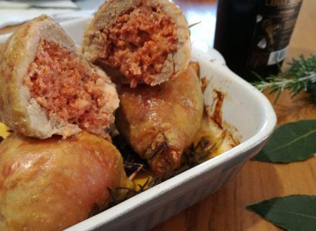 Cosce di pollo ripiene di salsiccia