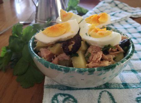 Insalata di patate tonno e uova