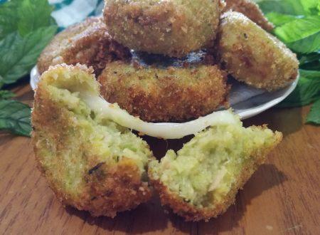 Polpette di zucchine con cuore filante – Zucchini balls with a stringy heart