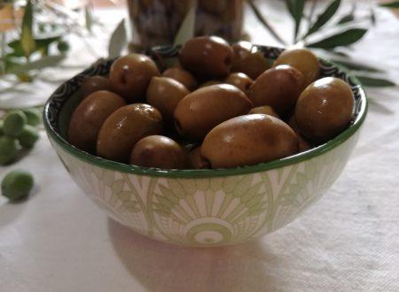 Olive in salamoia alla calabrese