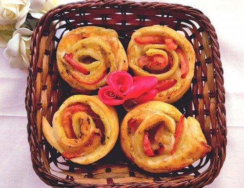 Rose di pasta sfoglia salate