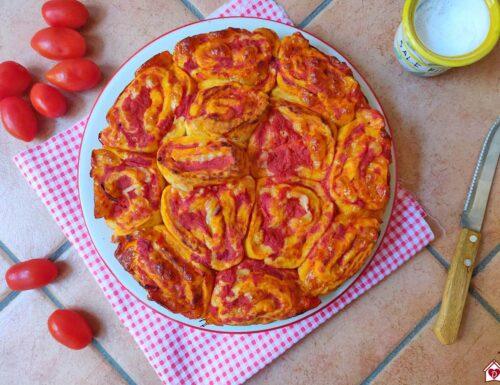 Torta di rose salata veloce