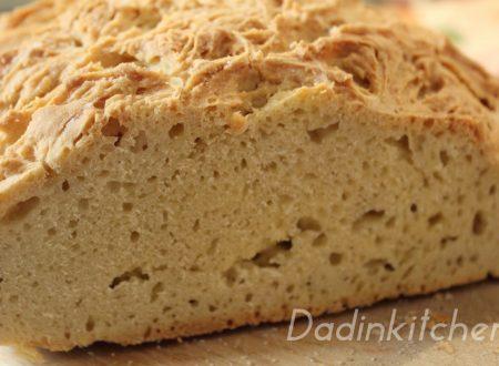 Pane con farina di ceci e lievito madre