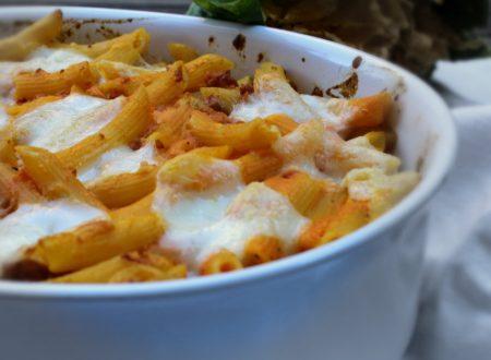 Pasticcio di pasta zucca salsiccia e mozzarella