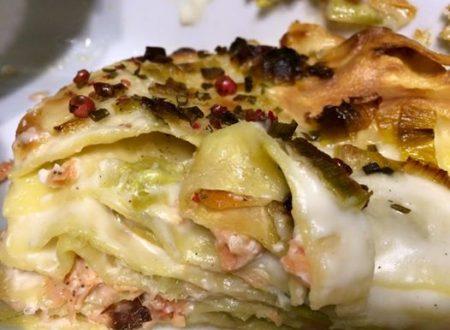 Lasagne con salmone porri e pepe rosa