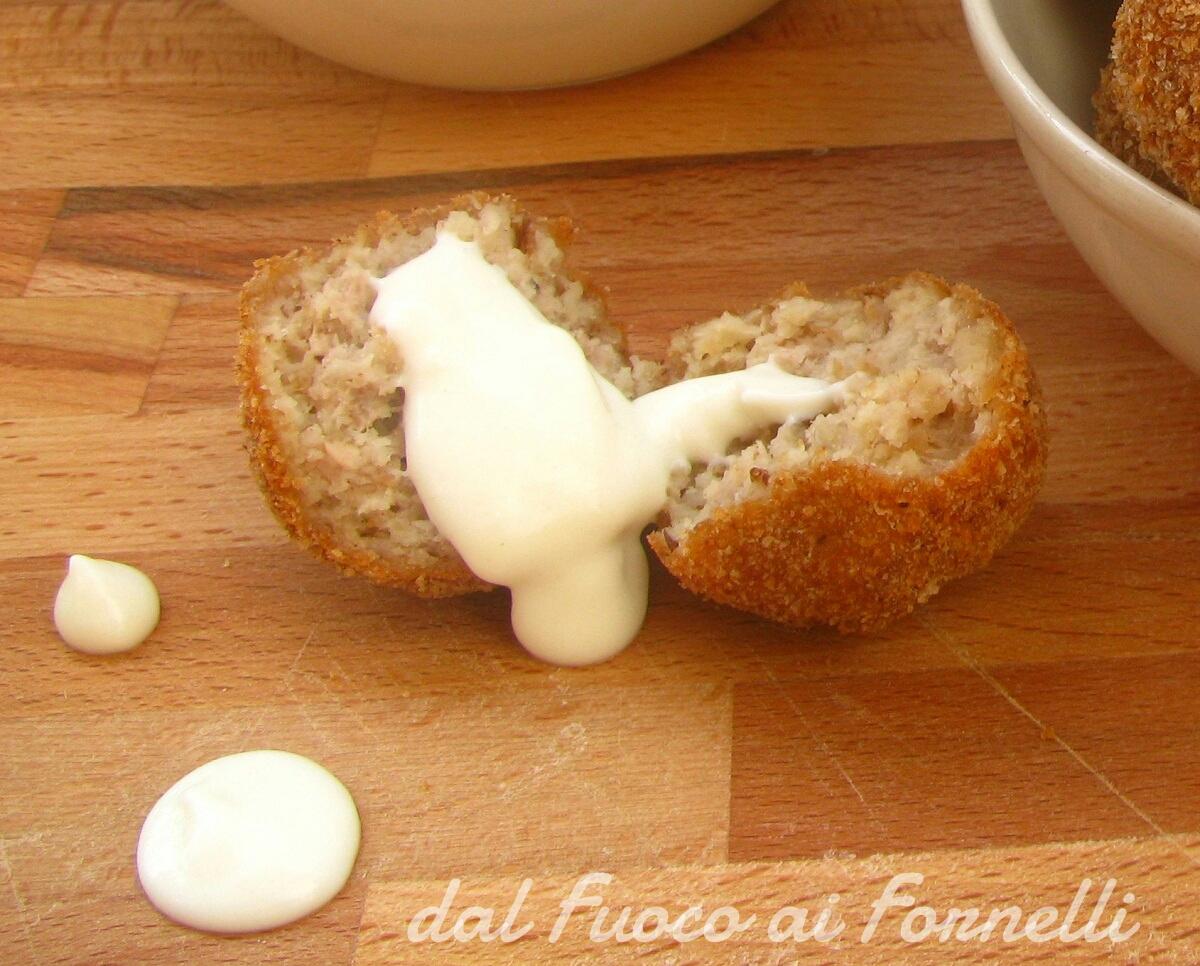 polpette di pane e salsa allo yogurt