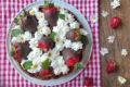 Crostata con cioccolato fragole e panna