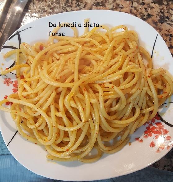 Bucatini aglio, olio e peperoncino