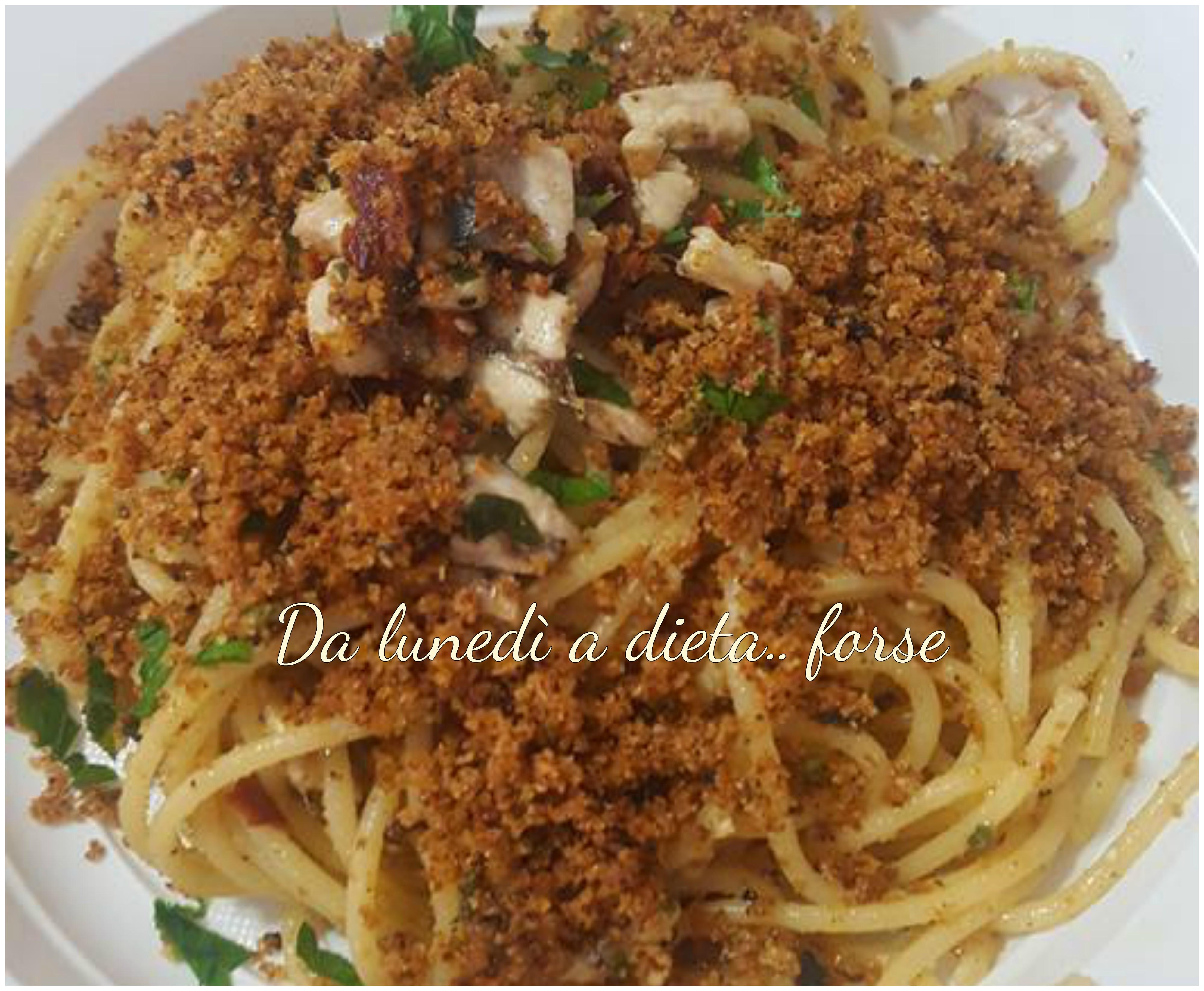 pasta con alici fresche alla siciliana