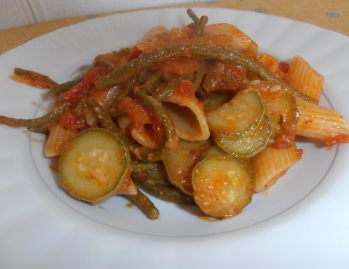 pennoni al sugo di verdure (ricetta vegetariana)