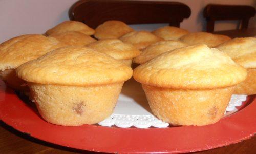 muffin allo yogurt ed uvetta