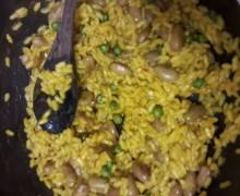 Risotto fagioli, piselli e curry