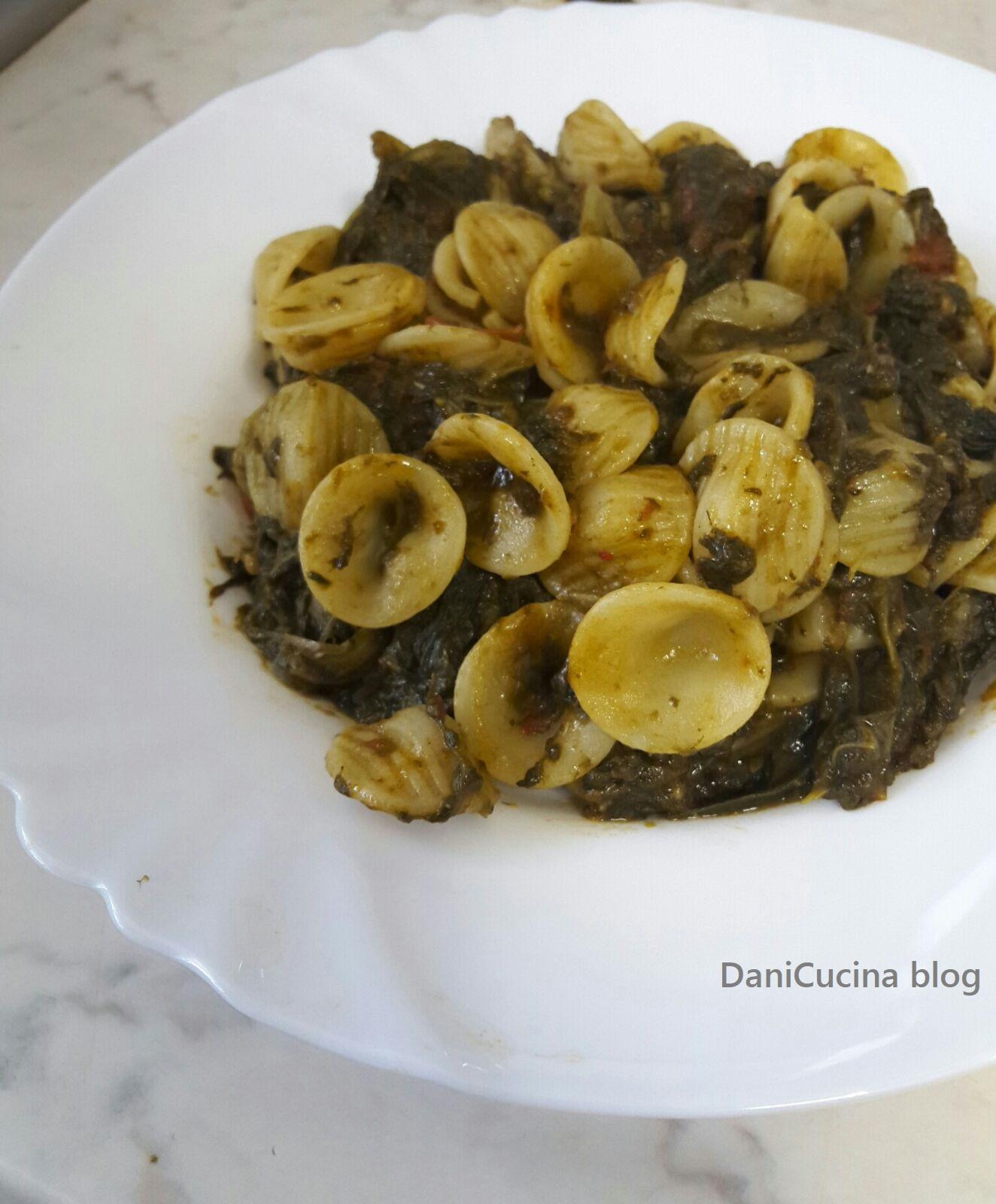 Orecchiette con cime di rapa - ricetta pugliese