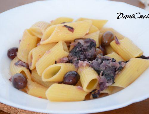 Pasta alla trevisana e olive taggiasche