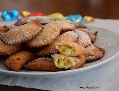 Cassatelle di ricotta siciliane – dolce di Pasqua e Carnevale