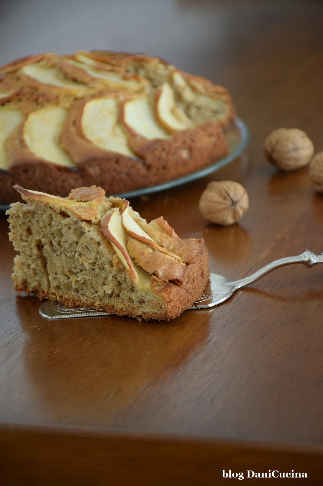 Torta rustica di mele e noci