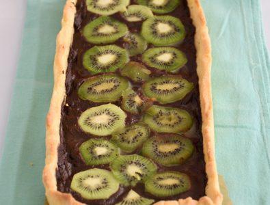 Crostata con cioccolato e kiwi