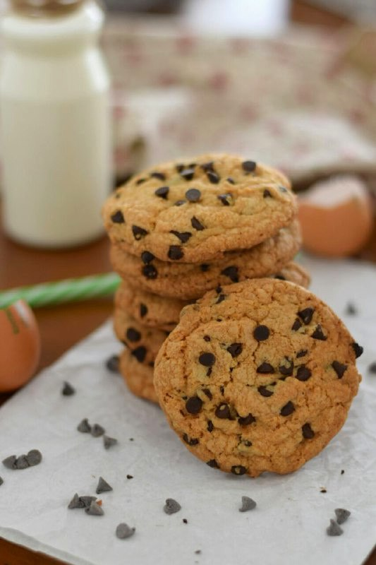 Cookies americani - ricetta biscotti con gocce di cioccolato