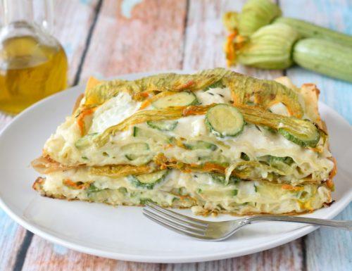 Lasagne con zucchine e fiori e besciamella allo stracchino