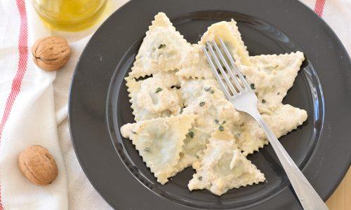 Pansoti con salsa di noci – ricetta ligure