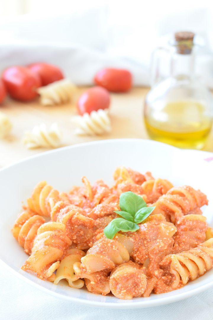 Pasta con Ricotta e Pomodoro