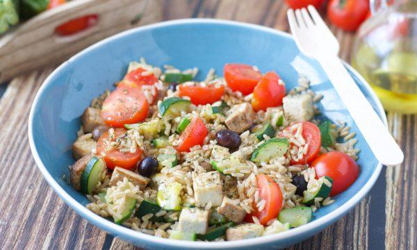 Insalata di Avena con Tofu e Verdure