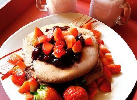 Pancakes al farro e cacao