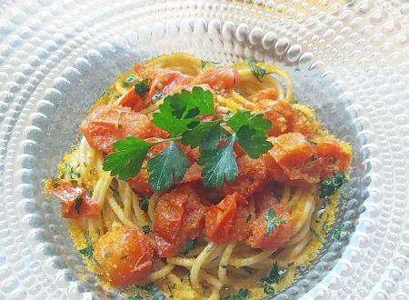 Spaghetti integrali con pomodorini e bottarga