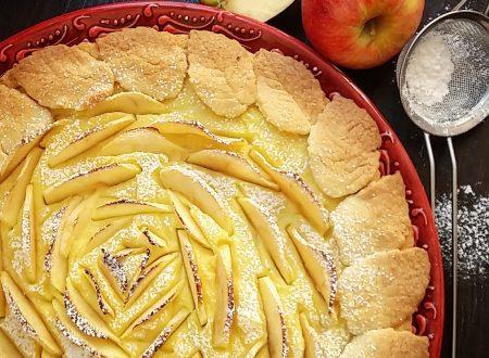 Crostata alle mele con crema pasticcera