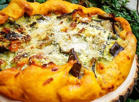 Torta rustica alle verdure con brisé al pomodoro