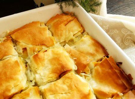 Plăcintă con la verza, tipica torta salata rumena