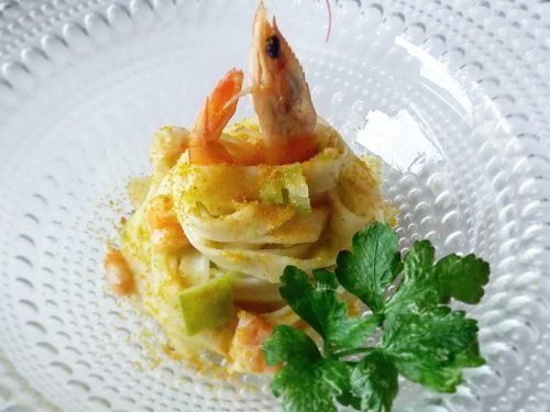 Tagliatelle con zucchine e mazzancolle allo zenzero