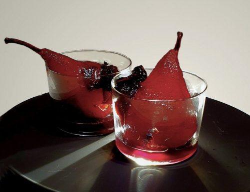 Pere speziate al vino rosso