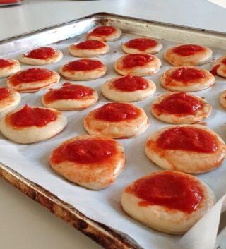 pizzette in teglia lievitate