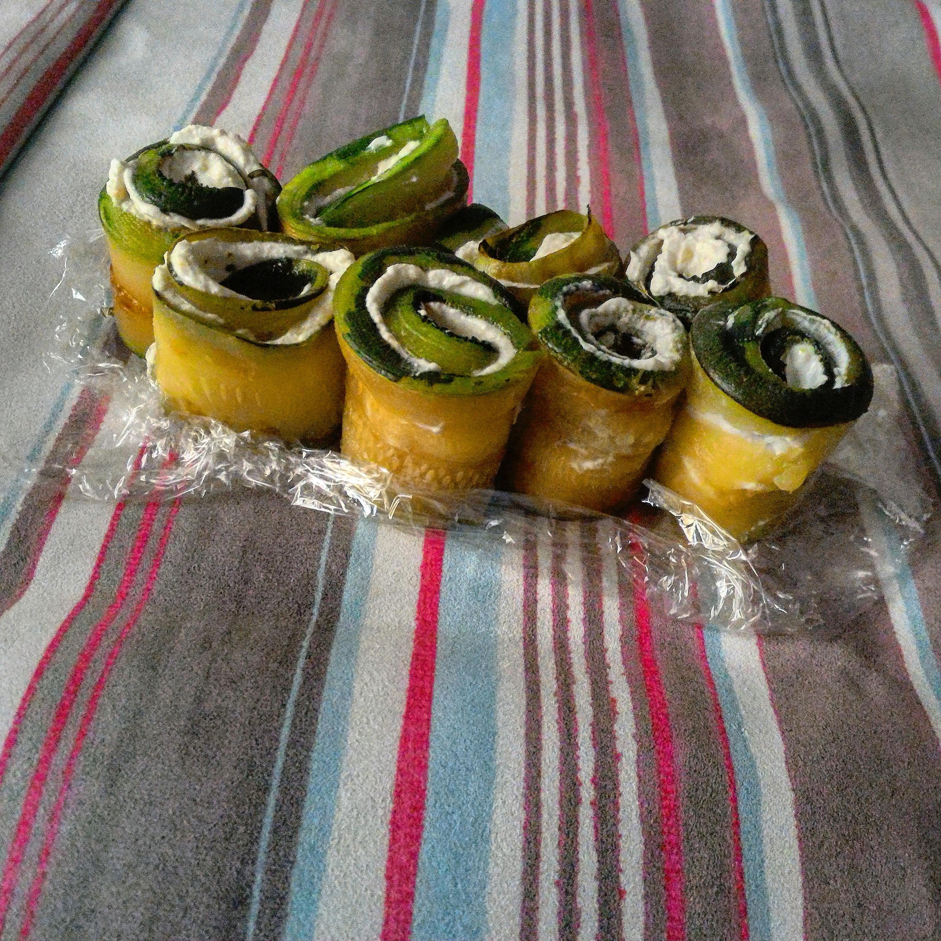 Rotolini cremosi di zucchine