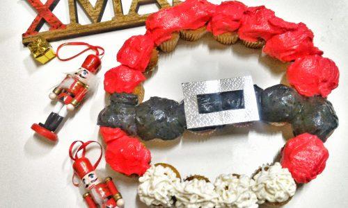 Ghirlanda di Natale con mini muffin