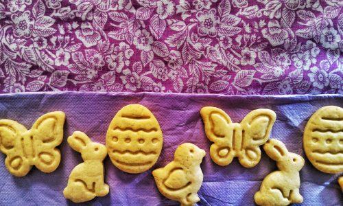 Biscotti pasquali in pasta frolla senza uova