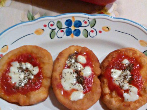 Pizzette fritte ricetta tradizionale