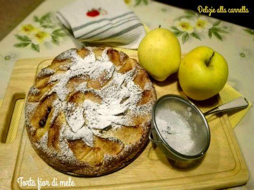 Torta fior di mele