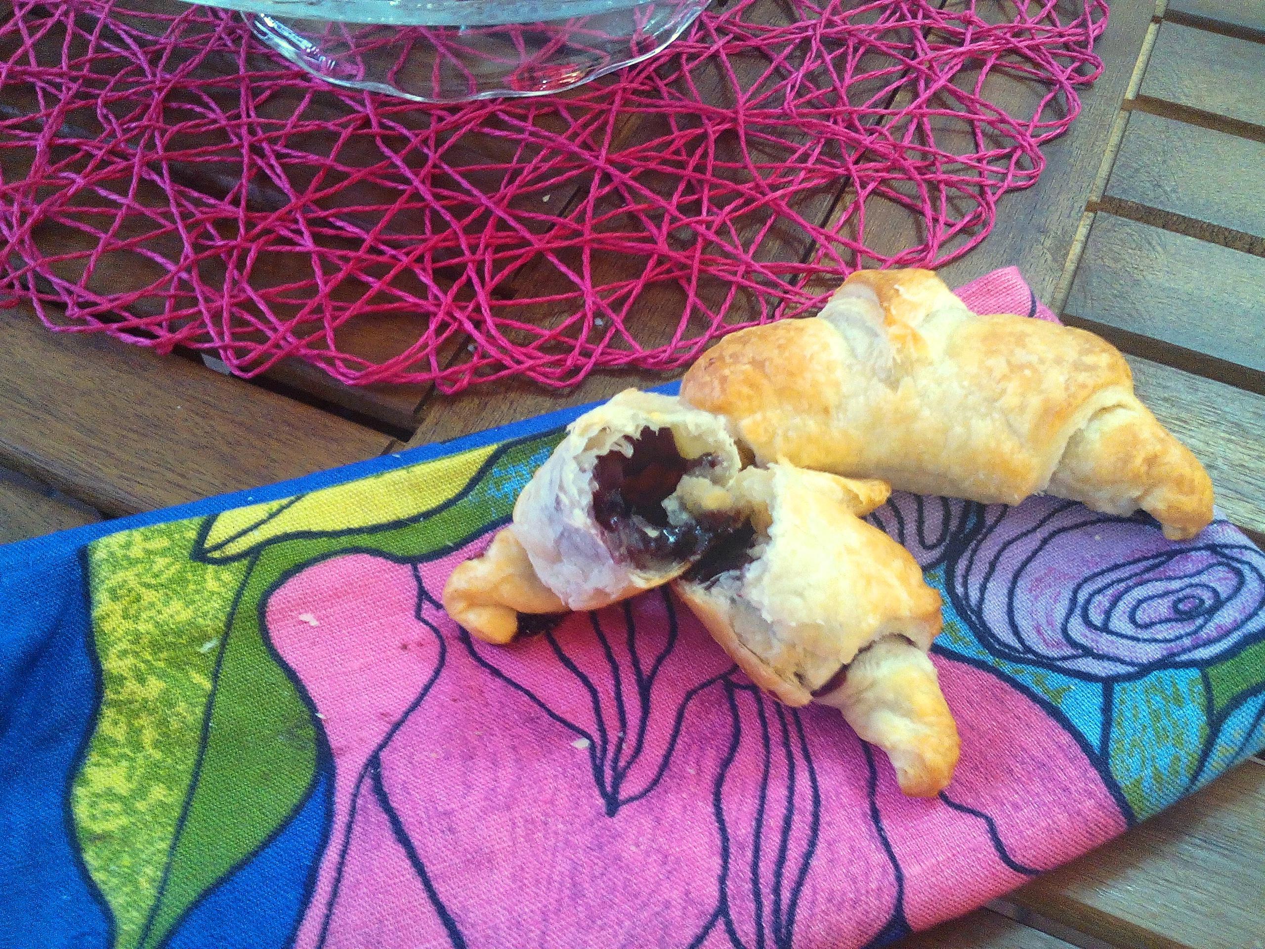Mini cornetti con marmellata